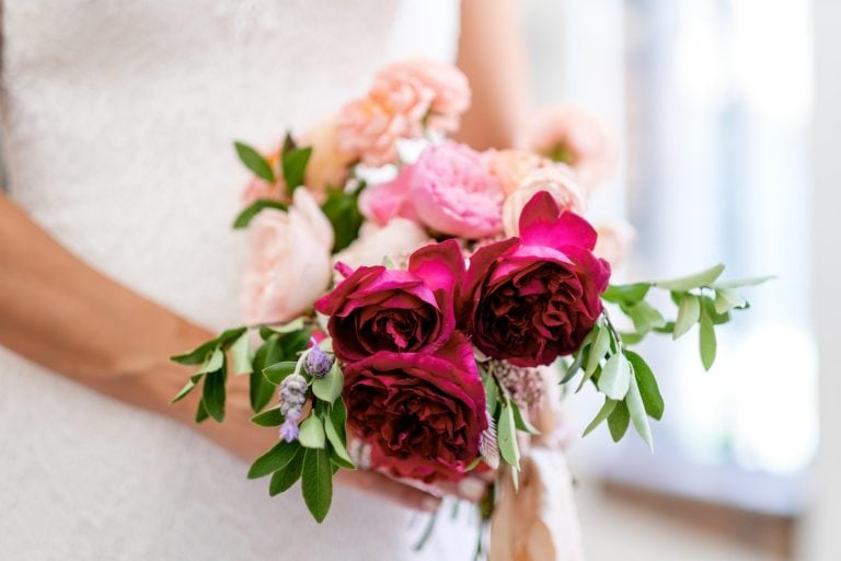 The Top 7 Questions to Ask Your Wedding Florist